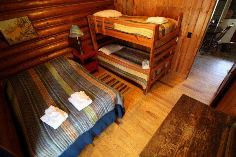 Cabin3Room2
